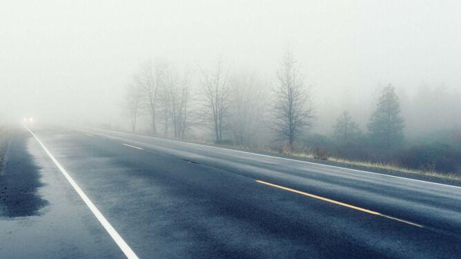 Mgły są na tyle gęste, że mogą utrudniać podróżowanie